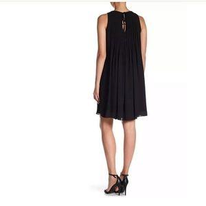 Nanette Lepore Dresses - NWOT Nanette Lepore Pleated Shift Dress